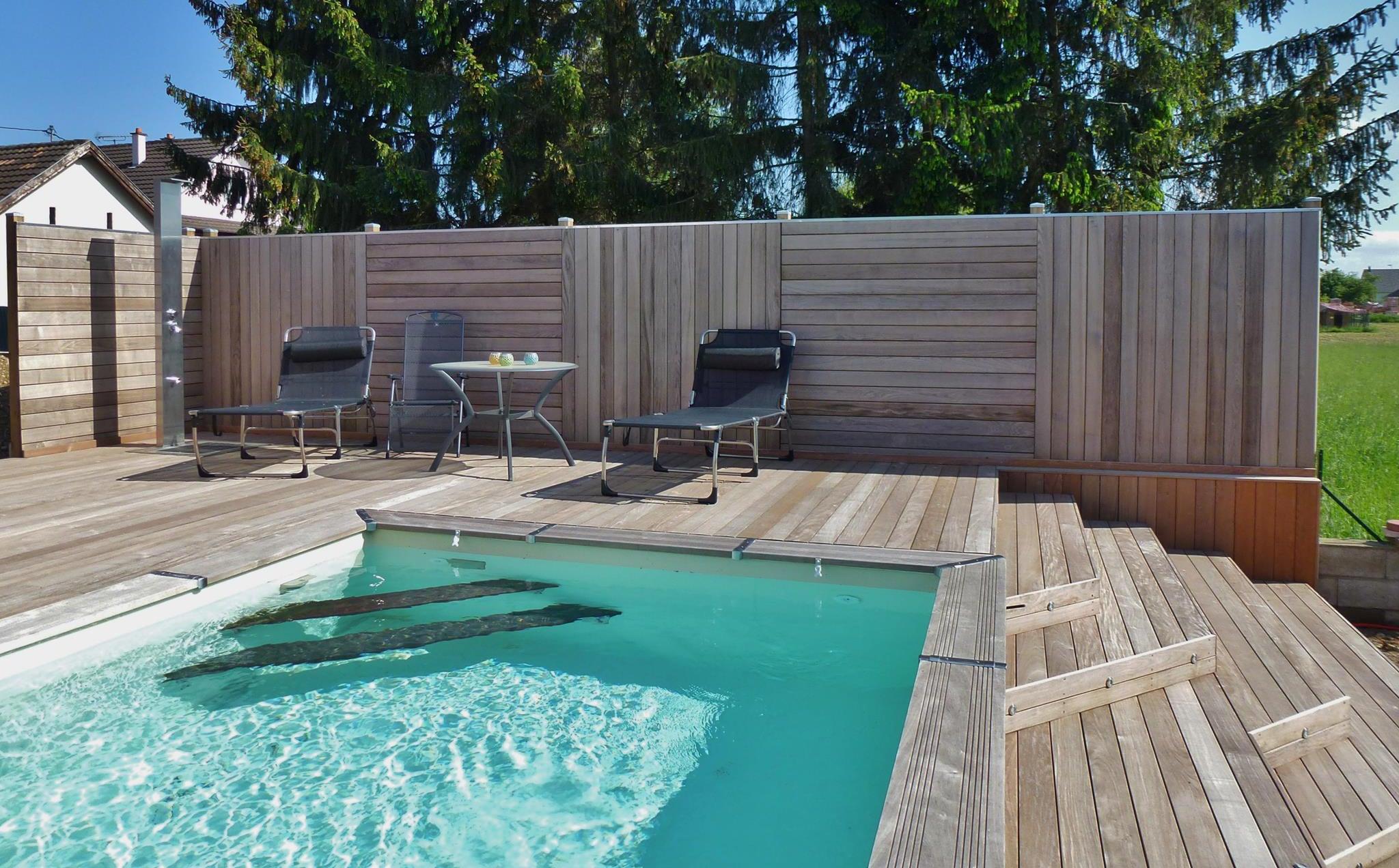 quel espace entre les lames d une terrasse en boi. Black Bedroom Furniture Sets. Home Design Ideas